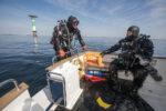 Divers Boatdive